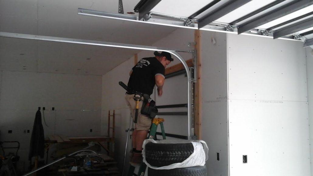 Garage door services shakopee mn garage door man for Garage door repair school